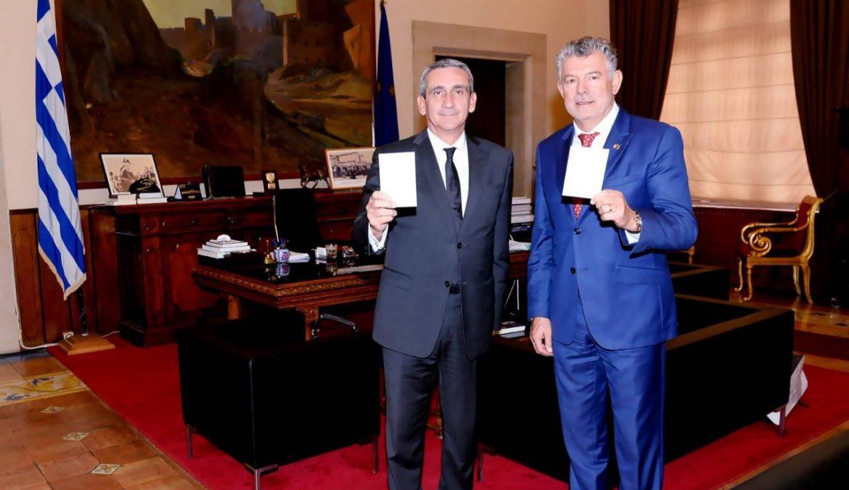 """Στον Περιφερειάρχη ο Πρόεδρος του """"Peace and Sport"""", Ζοέλ Μπουζού,  ενόψει της έναρξης, στη Ρόδο, του ετήσιου φόρουμ του διεθνούς Οργανισμού"""