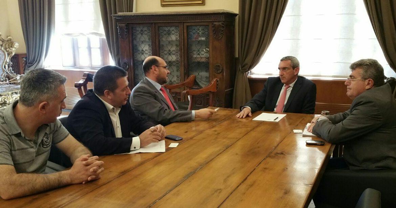 Προτάσεις για την ενίσχυση του ΕΚΑΒ σε Κυκλάδες και Δωδεκάνησακατέθεσε ο Περιφερειάρχης – Συνάντηση με τον Πρόεδρο του ΕΚΑΒ