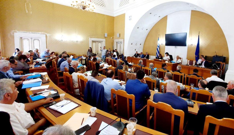 Με πρόσθετους όρους, περιορισμούς και διαδικασία παρακολούθησης, η έγκριση του Περιφερειακού Συμβουλίου στην επένδυση της Μυκόνου