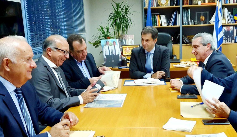 Επί νέας βάσης η συγκροτημένη διαχείριση των ζητημάτων της Σαντορίνης, από Υπουργείο Τουρισμού, Περιφέρεια και Δήμο