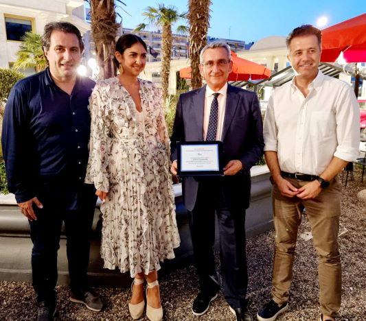 Για τη συμβολή του στη ανάπτυξη του εσωτερικού τουρισμού από την Μακεδονία, τιμήθηκε ο Περιφερειάρχης από τους τουριστικούς πράκτορες της Βορείου Ελλάδος