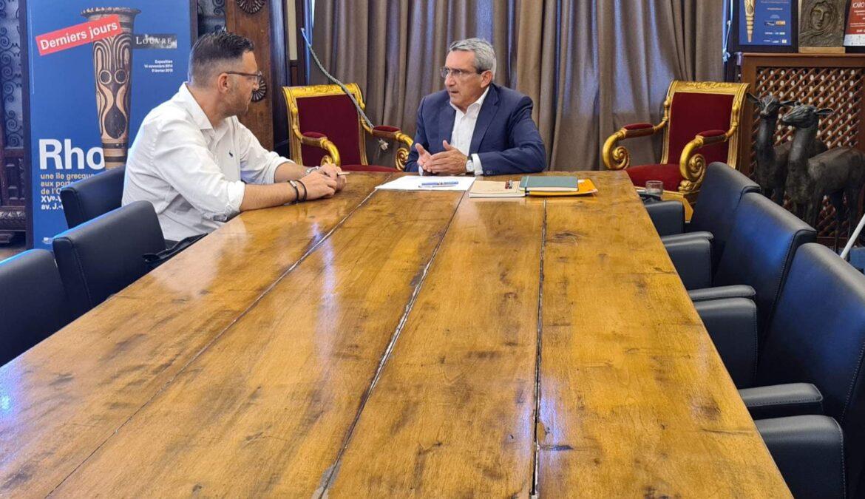 Συνάντηση εργασίας του Περιφερειάρχη με τον Δήμαρχο Τήνου για τον  Χώρο Υγειονομικής Ταφής Υπολειμμάτων και τη  Μονάδα Κομποστοποίησης του νησιού