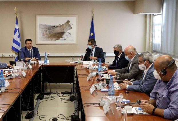 Ο Γ. Χατζημάρκος σε σύσκεψη των Περιφερειαρχών της χώρας, υπό τον  Ευρωπαίο Επίτροπο Διαχείρισης Κρίσεων